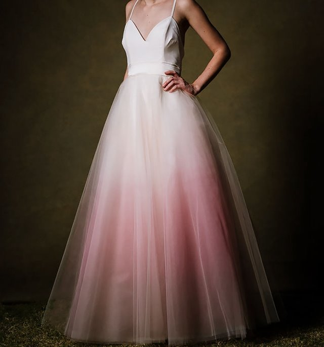 dip-dye-wedding-dress-trend-9-57cdba803d4b8__700.jpg